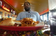 Fuddruckers' 3lb Challenge RAW & UNCUT | The Burger Crawl – Ep. 48.5